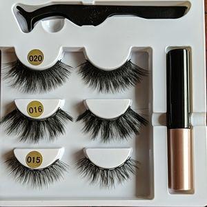 Magnetic Eyelash Kit with Magnetic Eyeliner